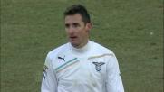 Klose segna il goal del 3-0 al Chievo che gli vale una doppietta