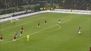 Cambiasso e una papera di Dida consegnano il derby nelle mani dell'Inter