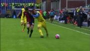 Il fallo di Dzemaili lascia il Genoa in 10 contro il Chievo