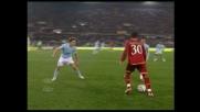 Mancini gioca col tacco durante il derby tra Lazio eRoma