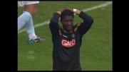Ballotta si oppone ad Asamoah salvando la Lazio contro l'Udinese