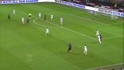 Il tiro di Kuzmanovic si scarica sul palo dell'Hellas Verona