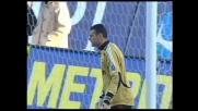 Kalac respinge l'insidioso tiro di Di Natale in Udinese-Milan