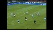 Staffilata di Seedorf da fuori area, il palo gli nega il goal alla Sampdoria!
