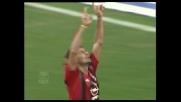 Kaladze segna il goal del raddoppio del Milan sull'Atalanta