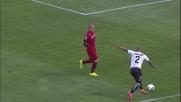 Nainggolan aggancia Jonathan, Rizzoli fischia il rigore per il Parma
