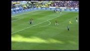 Julio Cruz ristabilisce la parità nel derby di Milano grazie all'errore di Dida