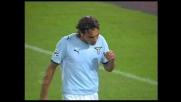 Siviglia svirgola completamente il pallone contro la Fiorentina