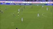 Hiljemark stende con un tackle Lulic in area e causa il rigore a favore della Lazio