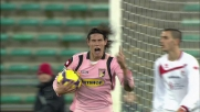 Cavani riapre la partita al San Nicola con un goal in spaccata