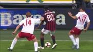 Ronaldinho fa impazzire San Siro: doppio dribbling e punizione conquistata