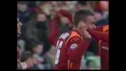 Il goal di De Rossi vale il 2-0 della Roma sull'Udinese