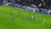 Dybala calcia sull'esterno della rete in Juventus-Udinese