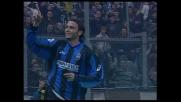 Goal in pallonetto di Pazzini contro il Cagliari