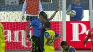 Radovanovic commette fallo da rigore e viene espulso contro il Genoa