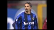 Baggio sfiora il goal nel derby con la maglia nerazzurra