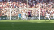Veloso apre le marcature nel match del Marassi tra Genoa e Atalanta