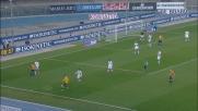 Cannavaro libera l'area del Sassuolo prima che la sfera arrivi a Toni