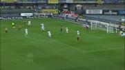 Gran tempismo nell'uscita di Handanovic a Verona