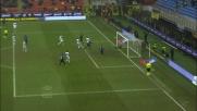 A San Siro Cambiasso insacca di testa contro il Genoa