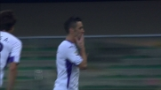 Gonzalo Rodriguez piazza il goal del momentaneo vantaggio della Fiorentina contro il Verona