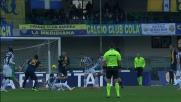 L'istinto felino di Buffon nega il goal a Toni al Bentegodi