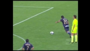 Punizione di Gargano contro la Lazio. Palla che si stampa sulla traversa
