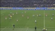 Stop e sinistro di Hernanes, il palo salva la Juventus