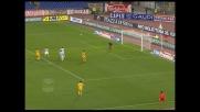 Quagliarella si inventa un pallonetto spettacolare contro la Lazio: Muslera salvato dalla traversa