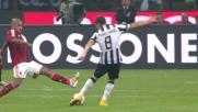 Un gran tiro di Marchisio dalla trequarti si stampa sul palo rossonero