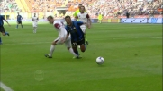 Che giocata di Mancini! Valdez lo stende in area e concede un rigore all'Inter