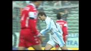 Nedved segna contro il Bari con un tiro d'esterno destro