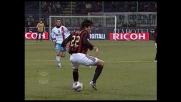 Kakà fugge via sulla sinistra con un numero di tacco contro il Catania
