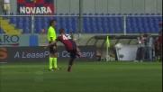 Il palo nega il goal su punizione a Veloso contro il Bari