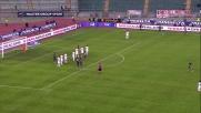Al San Nicola Andrè Dias va vicinissimo al goal: il suo colpo di testa sfiora la porta di Gillet