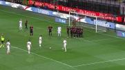 La parata di Donnarumma è prodigiosa sulla punizione di Totti