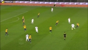 Andrea Conti non perdona la difesa del Verona e realizza in scivolata il goal del momentaneo vantaggio dell'Atalanta