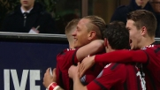 Il gran goal al volo di Mexes porta in vantaggio il Milan contro il Cagliari