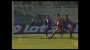 Lucarelli implacabile in area di rigore, goal che illude il Livorno contro la Fiorentina