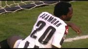 Asamoah arriva in ritardo all'invito al goal di Sanchez