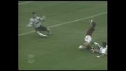 Rui Costa guadagna un rigore per il Milan a San Siro