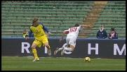 Nicolas Frey sgambetta Meggiorini: è calcio di rigore per il Bari