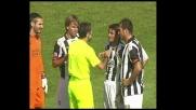 Il fallo di mano di Bucchi provoca un rigore a favore del Cagliari
