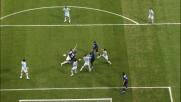 Burdisso placcato in area laziale, rigore per l'Inter