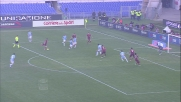 Pjanic sfiora il palo dopo un'azione corale della Roma nel derby