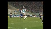 Bonera respinge Bazzani con la mano, rigore per la Lazio