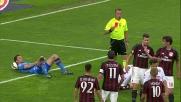 Molinaro commette fallo da rigore e viene espulso lasciando il Torino in 10 a San siro
