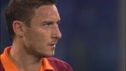 Agazzi non resiste alla punizione di Totti che pareggia il conto con il Cagliari