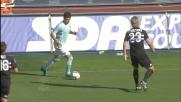 Zarate tiene in scacco la difesa della Sampdoria con la sua tecnica