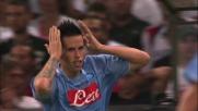 Hamsik salta Amelia e va a segno: è il goal del vantaggio per il Napoli a Marassi